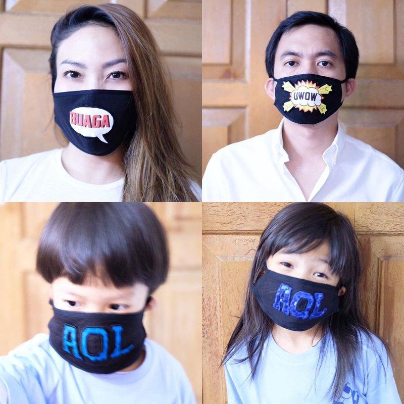 foto artis dengan masker kain-ayu dewi.jpg