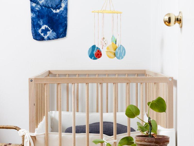 gantungan tempat tidur bayi childmags.com.au.jpg