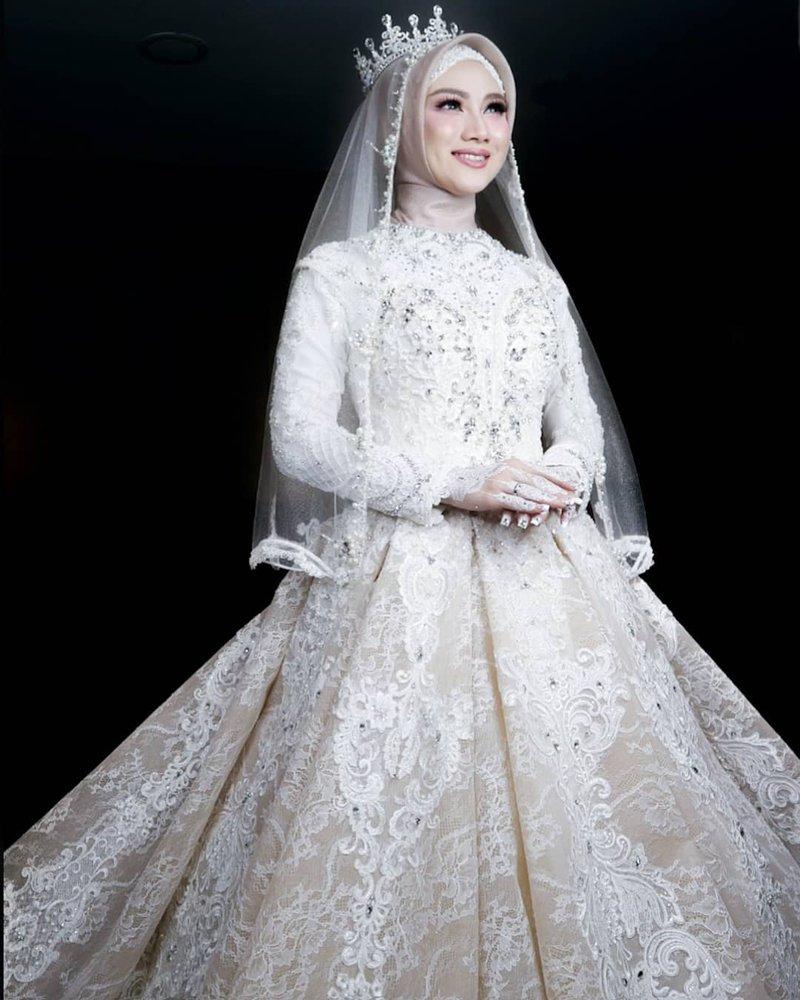 gaun pengantin ala princess.jpg