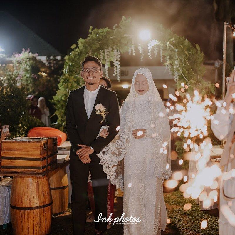 gaun pengantin muslimah sederhana.jpg