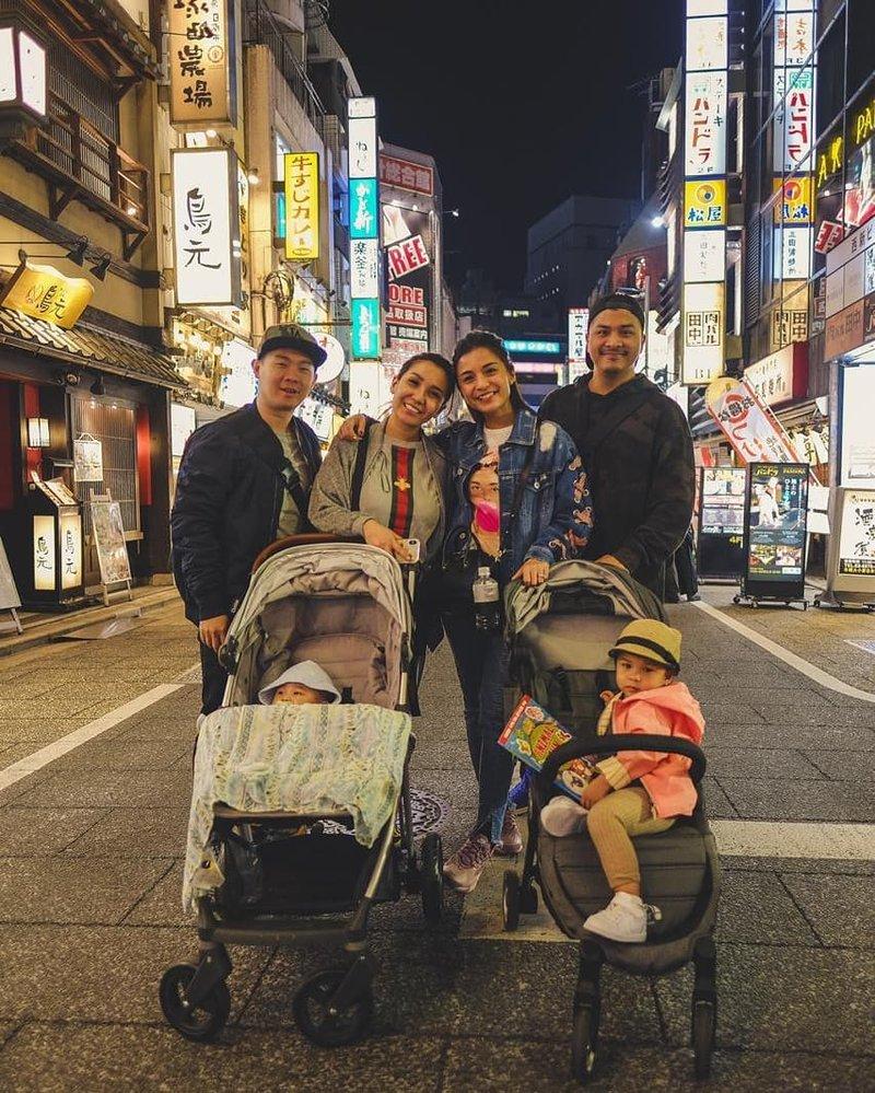 Bawa Banyak Koper, Begini Keseruan Glenn Alinskie dan Chelsea Olivia Liburan di Jepang