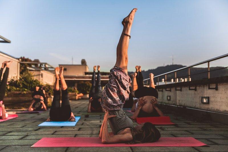 8 Pose Yoga Untuk Tingkatkan Kesuburan 1