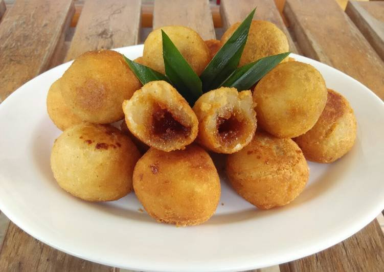 jajanan tradisional, makanan dengan gula merah, gula merah
