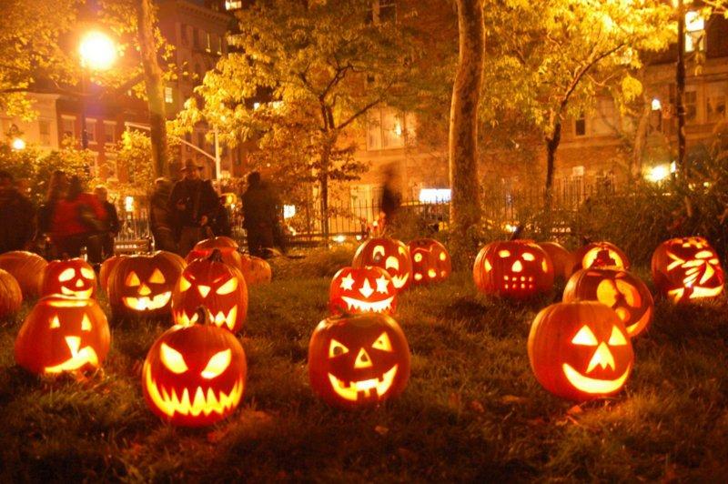 perayaan halloween, perayaan halloween yang meriah