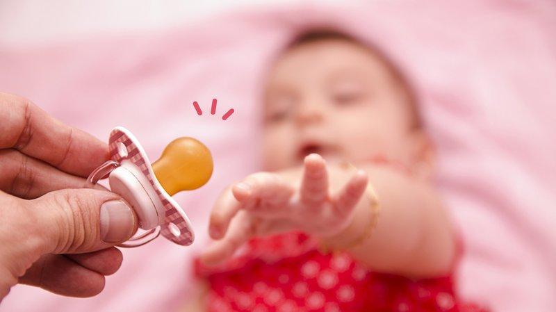 Bayi Menggunakan Empeng, Perlukah?