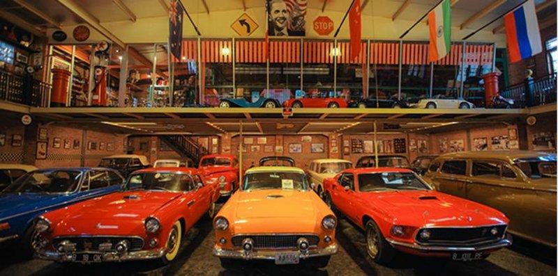 hauwke's auto gallery (848x421) (1)