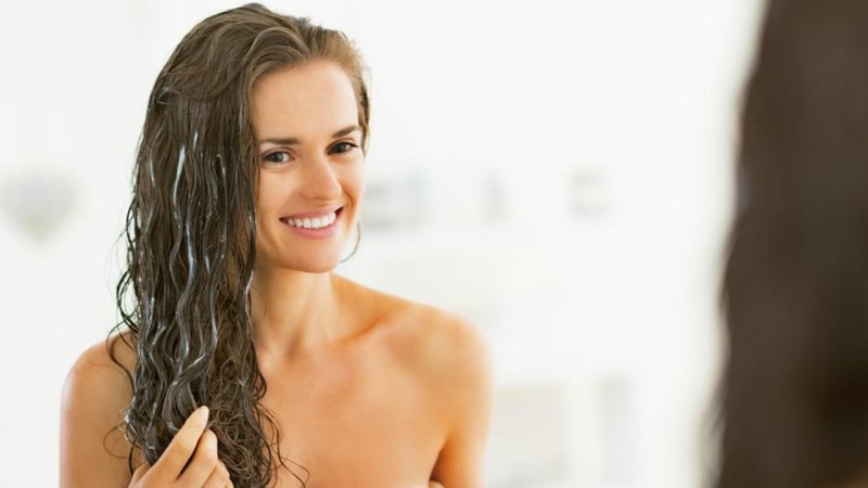 Menggunakan Metode Deep Hair Conditioning