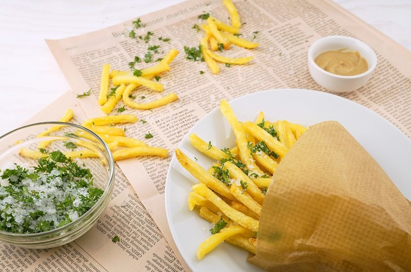 hindari makanan ini saat asam lambung kentang goreng.jpg