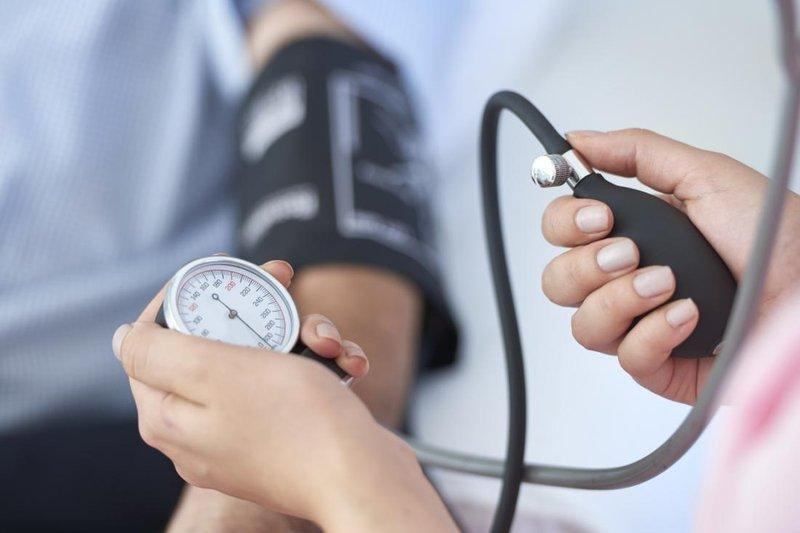 hipertensi bisa menyebabkan 5 komplikasi penyakit ini 1