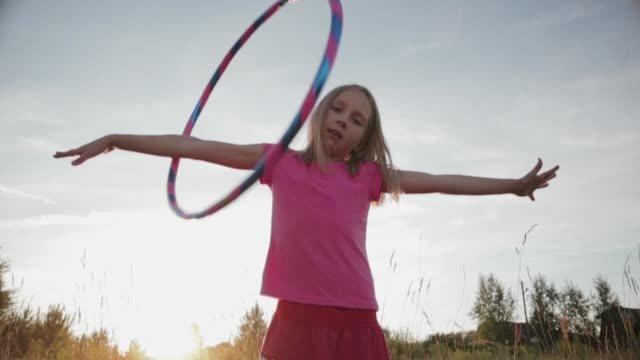 hula hoop koboi.jpg