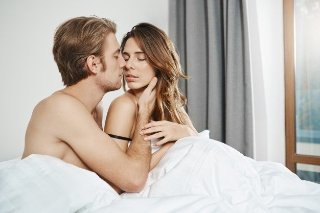 Kurangnya foreplay dapat menjadi alasan vagina kering
