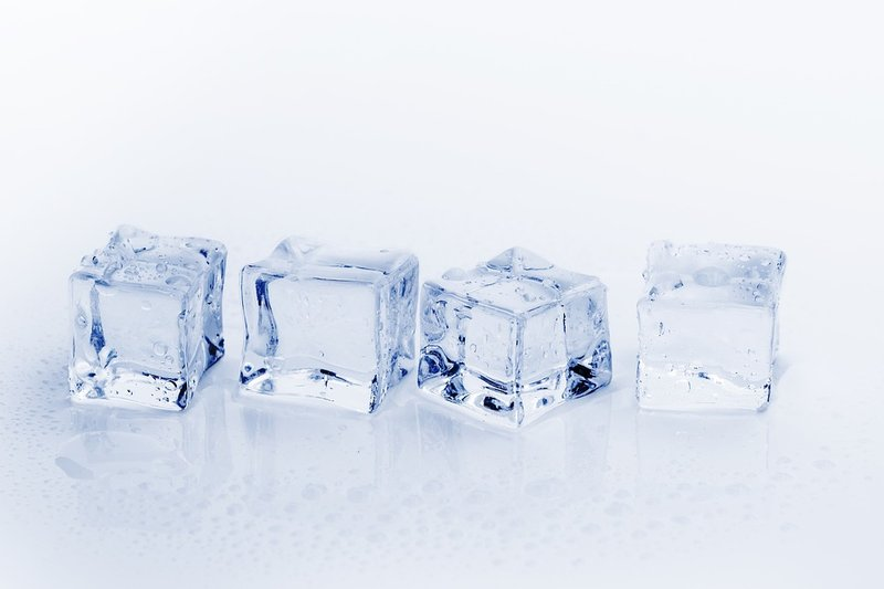 Es batu untuk Sakit Gigi berlubang