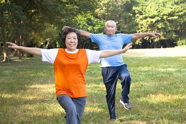 ini-gerakan-senam-lansia-yang-membantu-tubuh-tetap-bugar.jpg