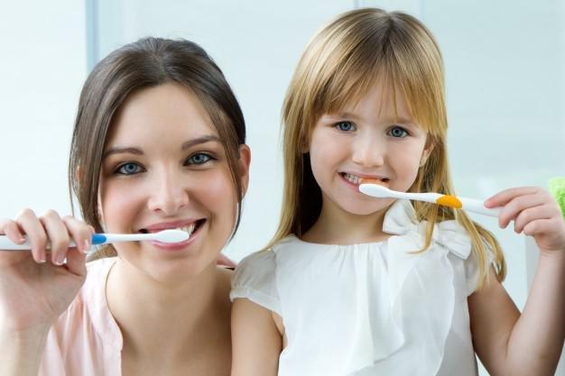 ini usia yang tepat untuk anak memakai odol saat sikat gigi 2
