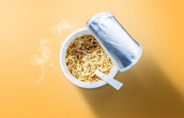 Tips Ibu Menyusui Makan Mie Instan