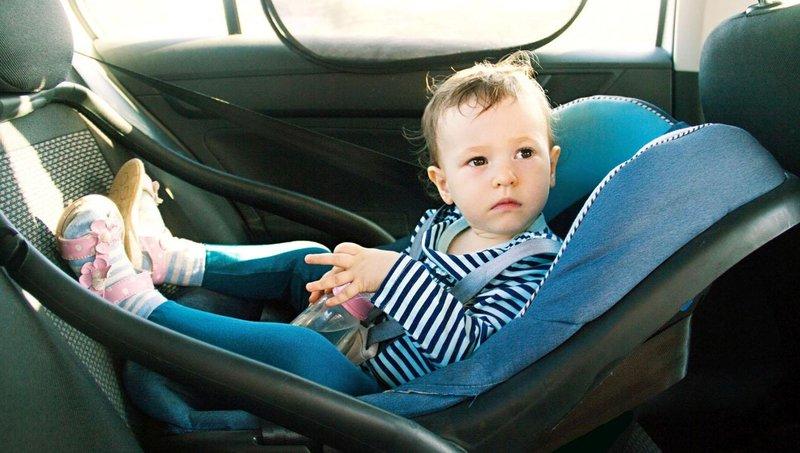 jangan pernah tingalkan balita sendirian di dalam mobil, ini alasannya 3