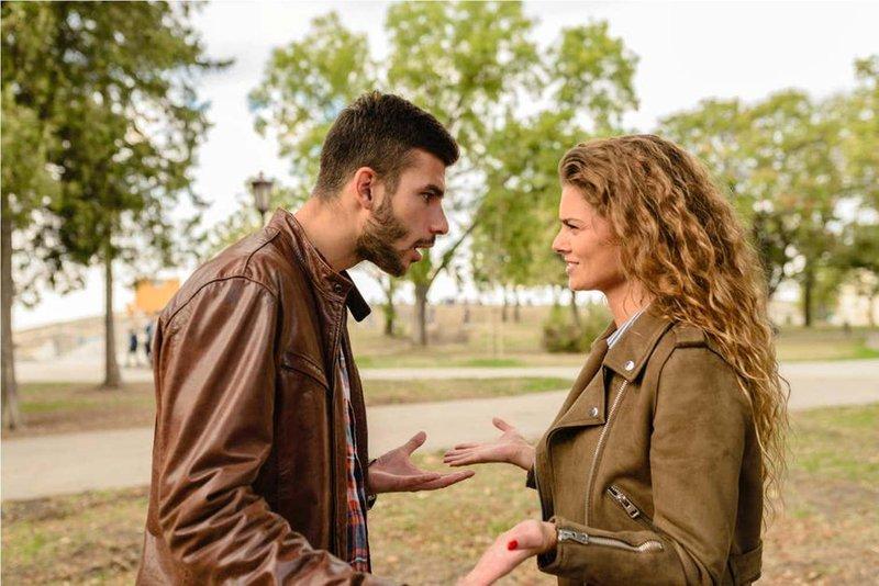 jangan ucapkan 5 kata ini pada suami, bisa berakibat pertengkaran 03