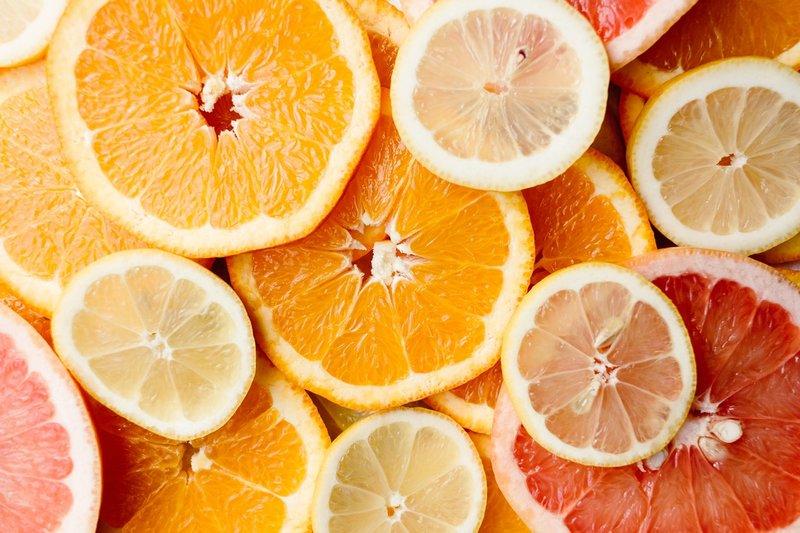 jeruk, buah yang aman dikonsumsi saat balita batuk.jpg