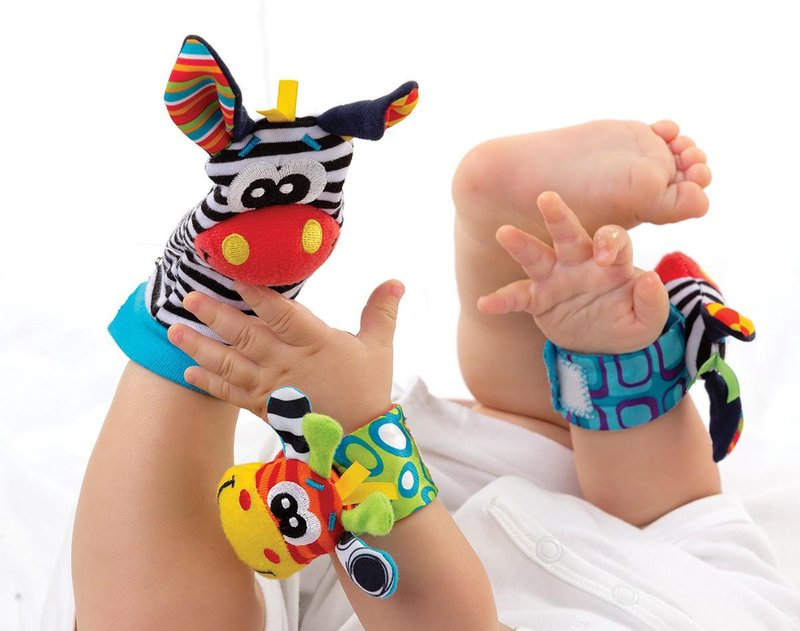 jungle wrist rattle foot finder 3