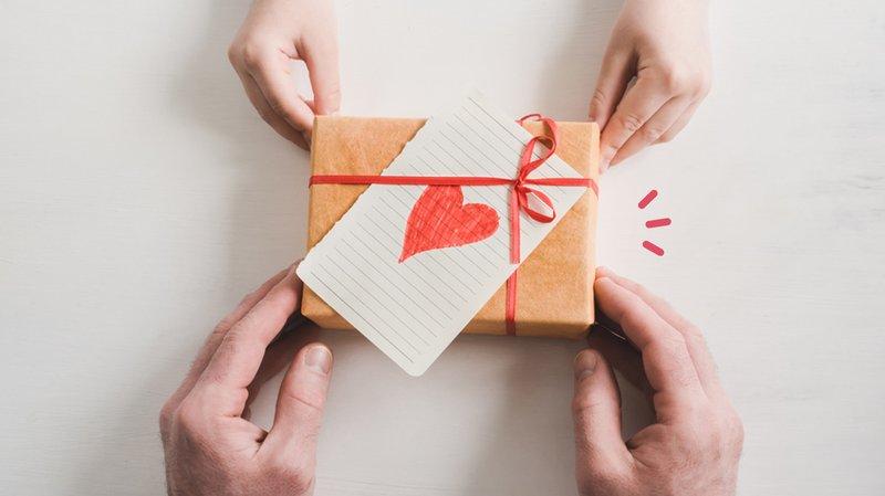 tips-dan-cara-membungkus-parcel.jpg