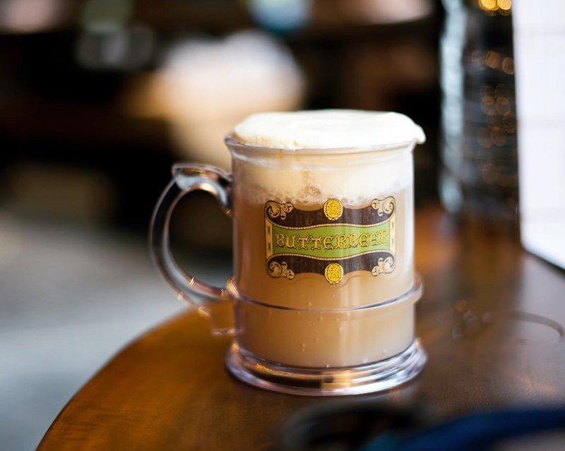 kafe bertema