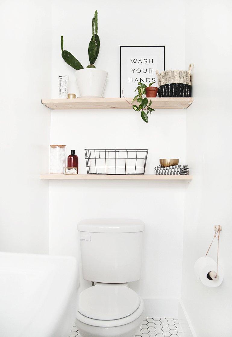 kamar mandi kecil