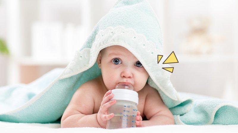 Terlalu banyak air putih penyebab bayi tidak buang air besar