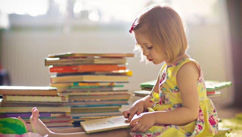 kapan waktu paling tepat untuk mulai belajar membaca 1