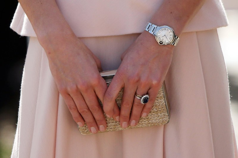 kate hands 2