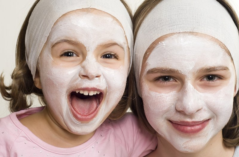 kegiatan di rumah-skincare dengan anak.jpg