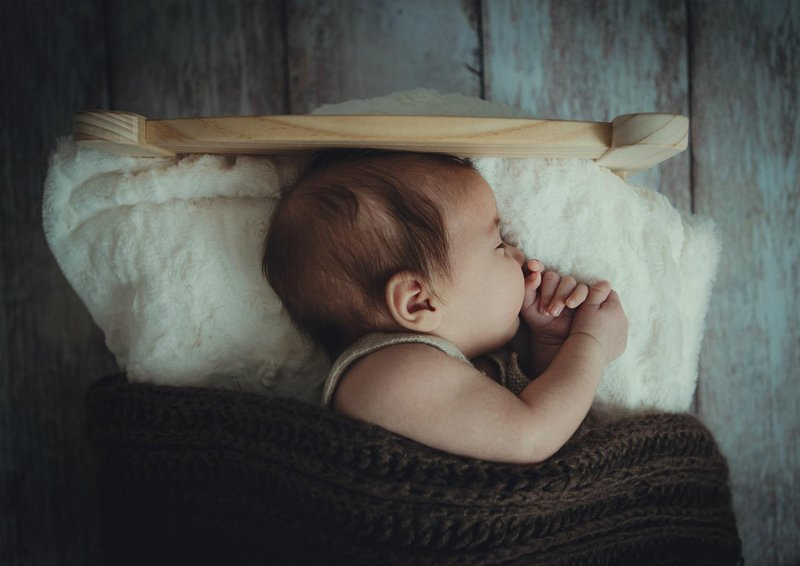 kelebihan empeng bayi memuaskan refleks bayi untuk mengisap