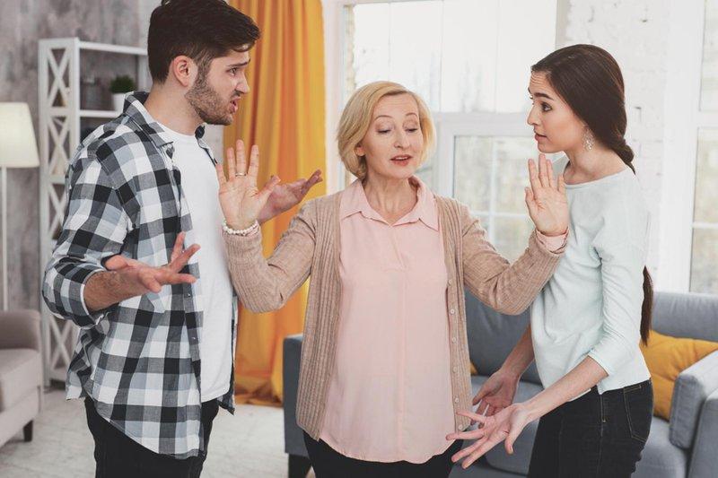 keluarga suami ikut campur urusan pernikahan 01