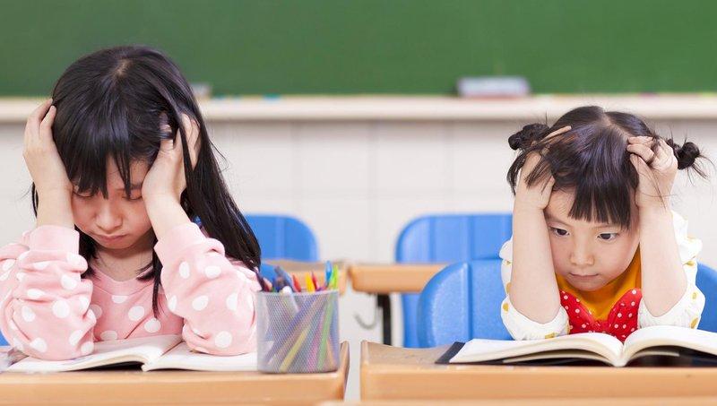 kenali 3 tanda anak mengalami kesulitan belajar di sekolah 1