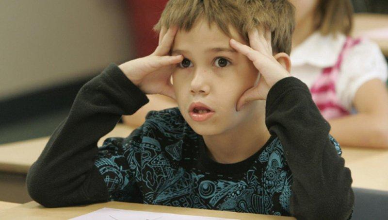 kenali 3 tanda anak mengalami kesulitan belajar di sekolah 3