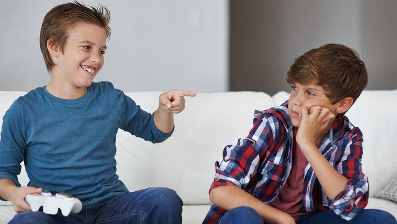 kenali 4 tipe tekanan teman sebaya yang sering dihadapi anak 1