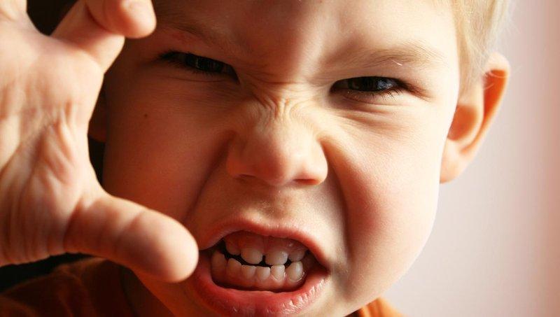 kenali lebih dekat 5 gejala gangguan bipolar pada anak 3