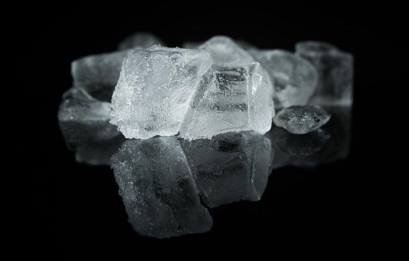 kerusakan gigi - ilustrasi es batu.jpg