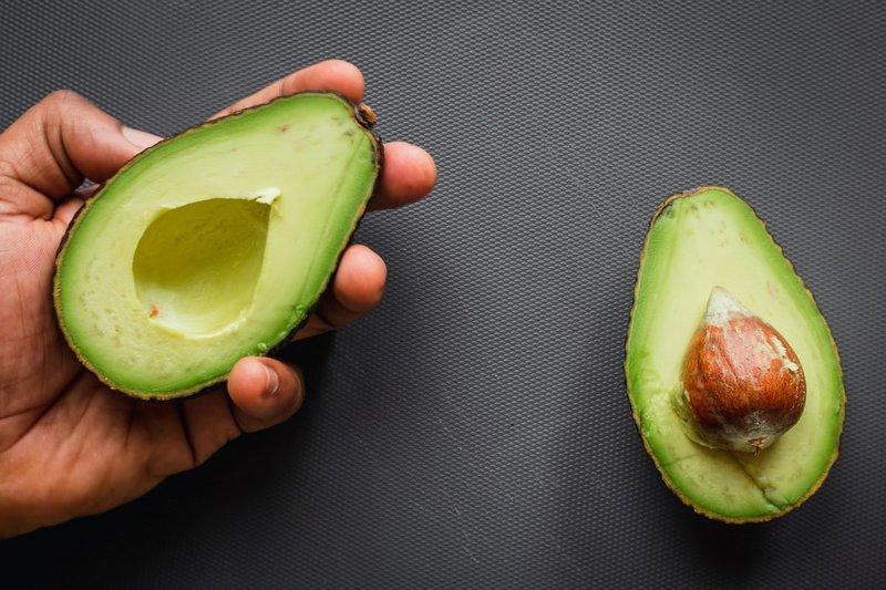 khasiat avokad untuk pertumbuhan anak 1.jpeg