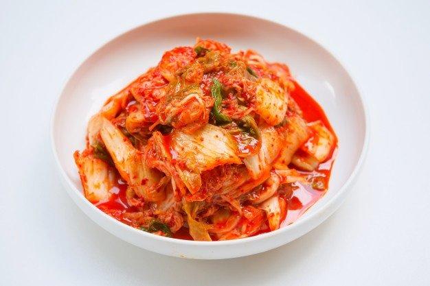 kimchi makanan fermentasi.jpg