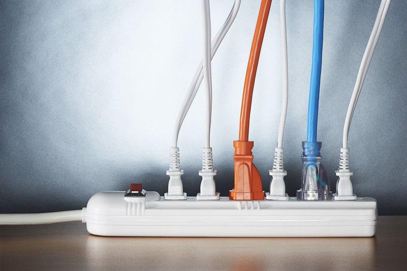 korslet listrik-2.jpg