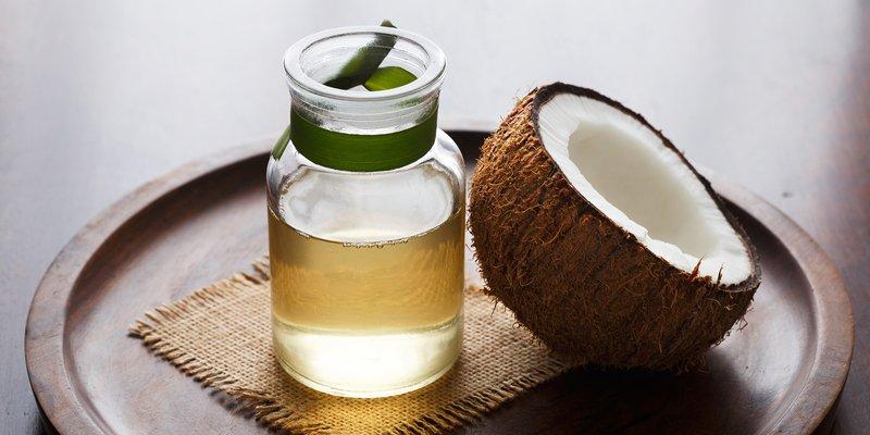 kulit kering saat hamil-minyak kelapa.jpg