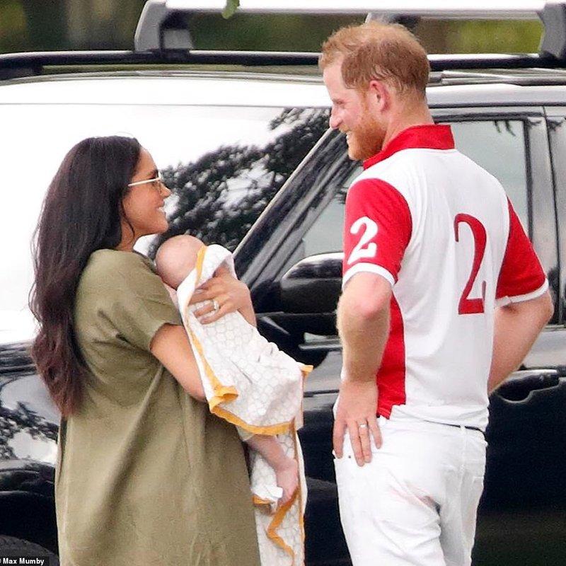 kumpul keluarga kerajaan-2.jpg