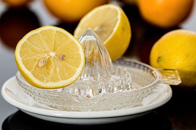 manfaat buah lemon untuk kulit