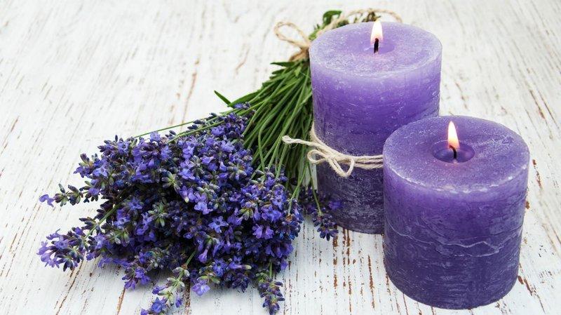 Lilin aromaterapi dapat mendukung suasana kamar
