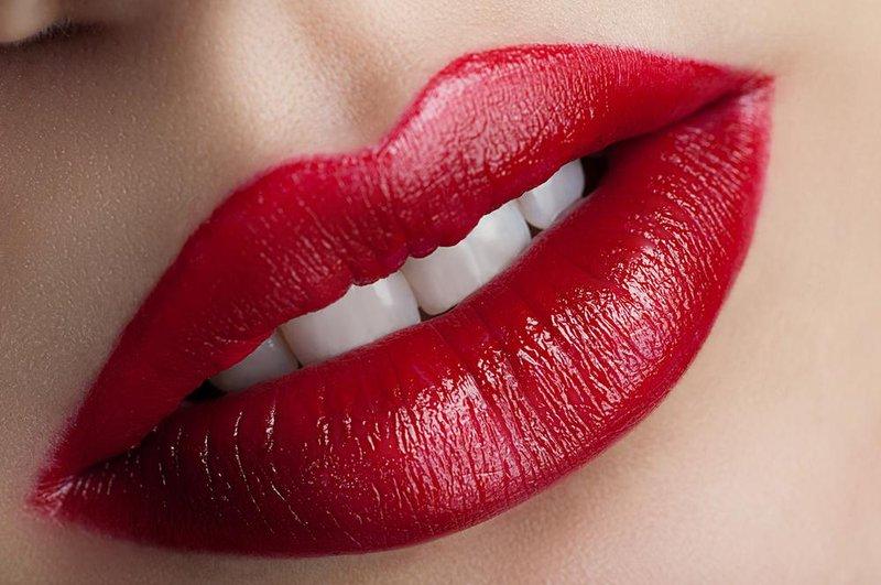 lipstik red cherry lipstick