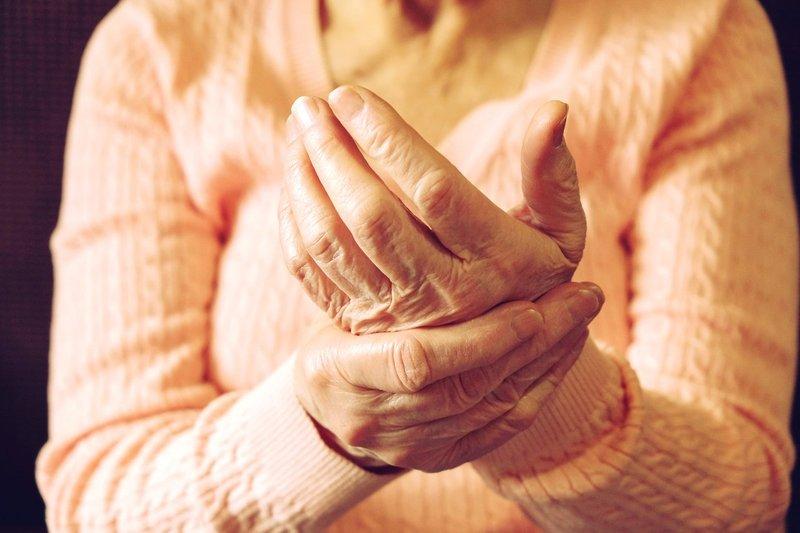 penyebab artritis