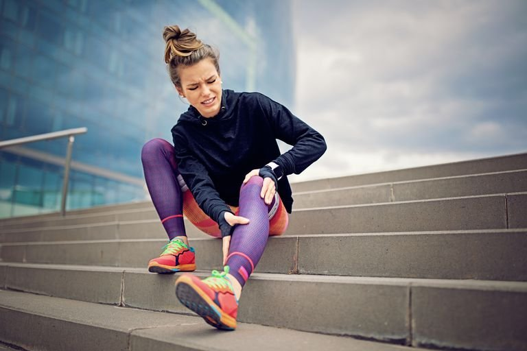 faktor risiko penyebab lutut sakit