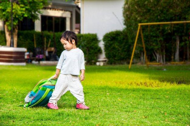 little-girl-leaving-home-his-first-day-kindergarten_41094-190.jpg