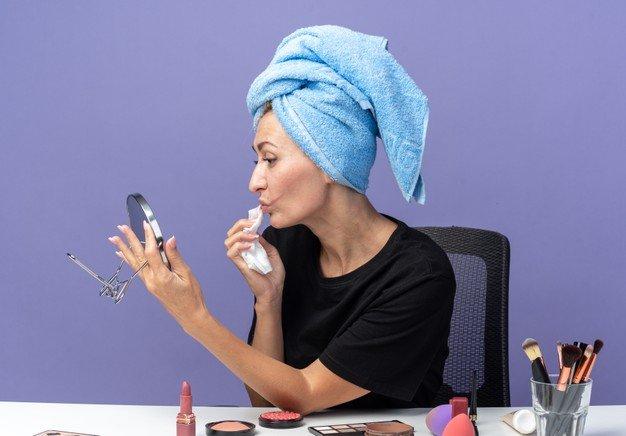 Tips memilih make up remover