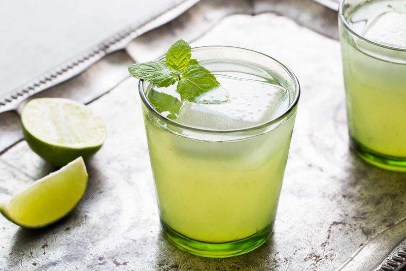Minuman yang dihindari penderita maag saat puasa